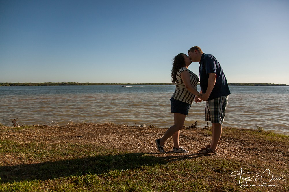 Amy-Wayne-Engagement-12.jpg